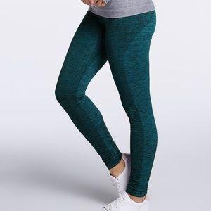 Climawear teal/black seamless leggings sz medium